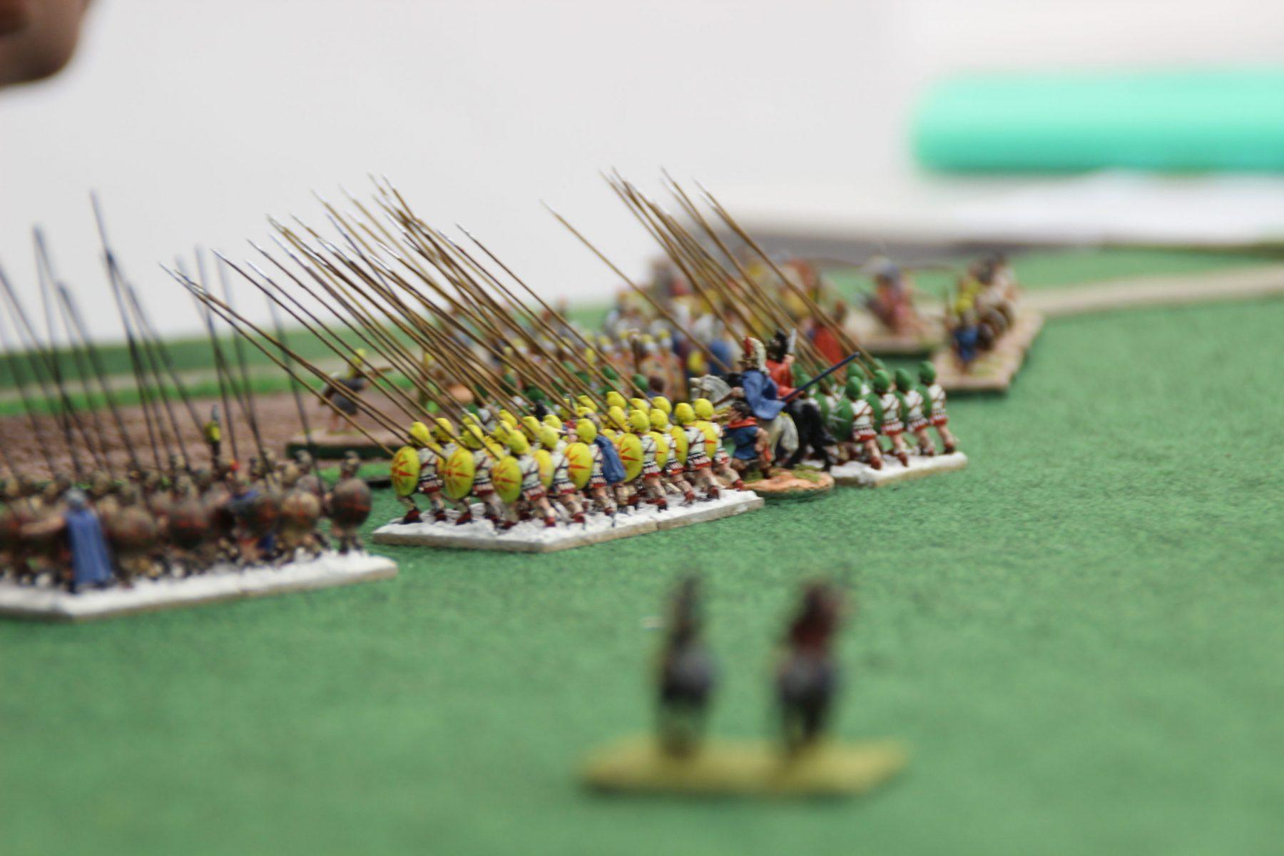 L'étau de sarisses se referme sur les légions romaines bas empire.