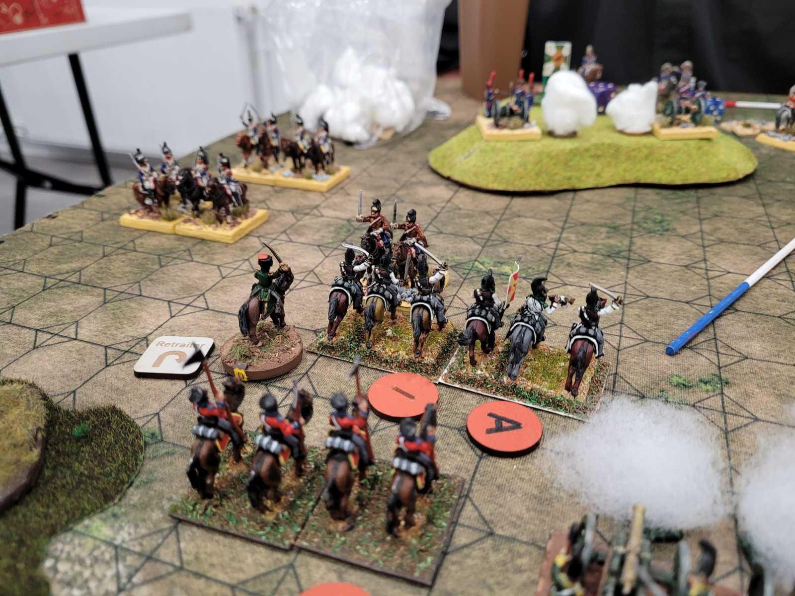 La cavalerie Française s'organise pour contrer la charge des Russes.