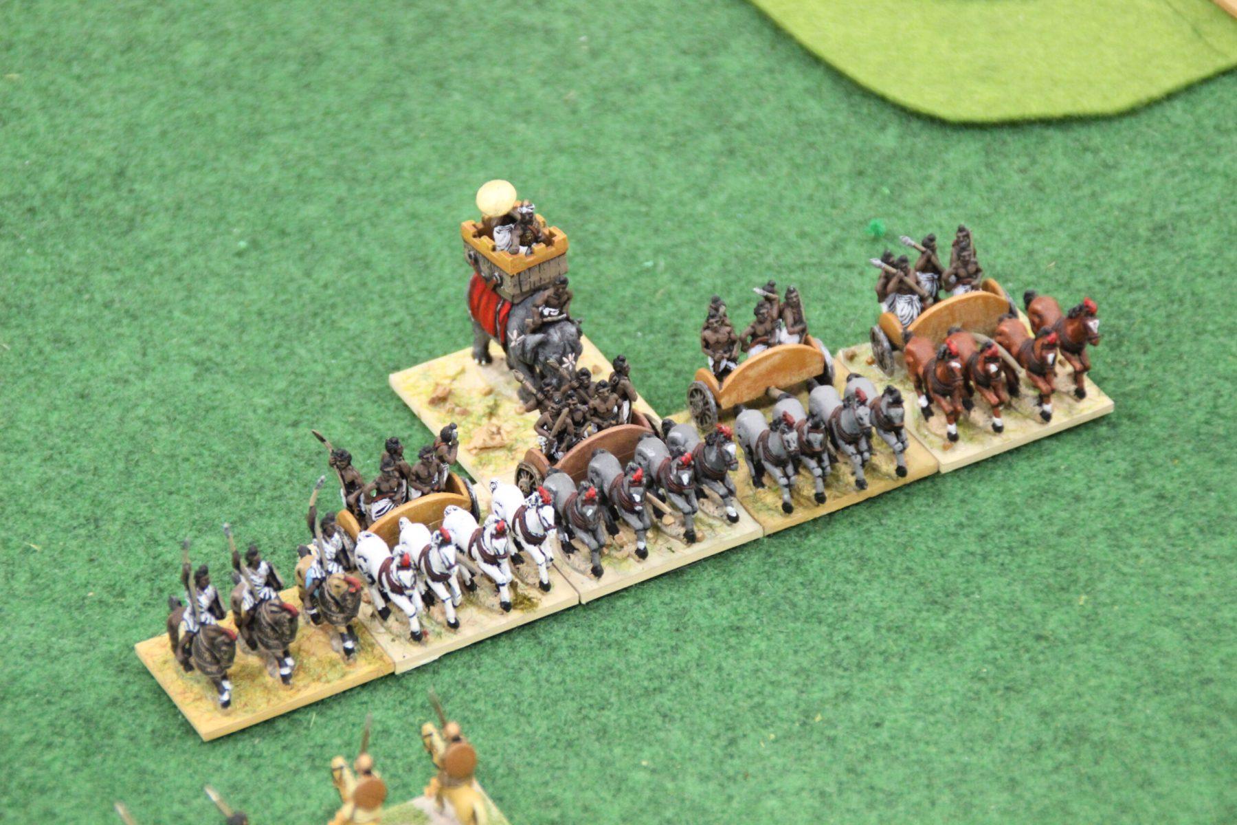 Les chars lourds Indiens Classiques chargent les Spartiates !