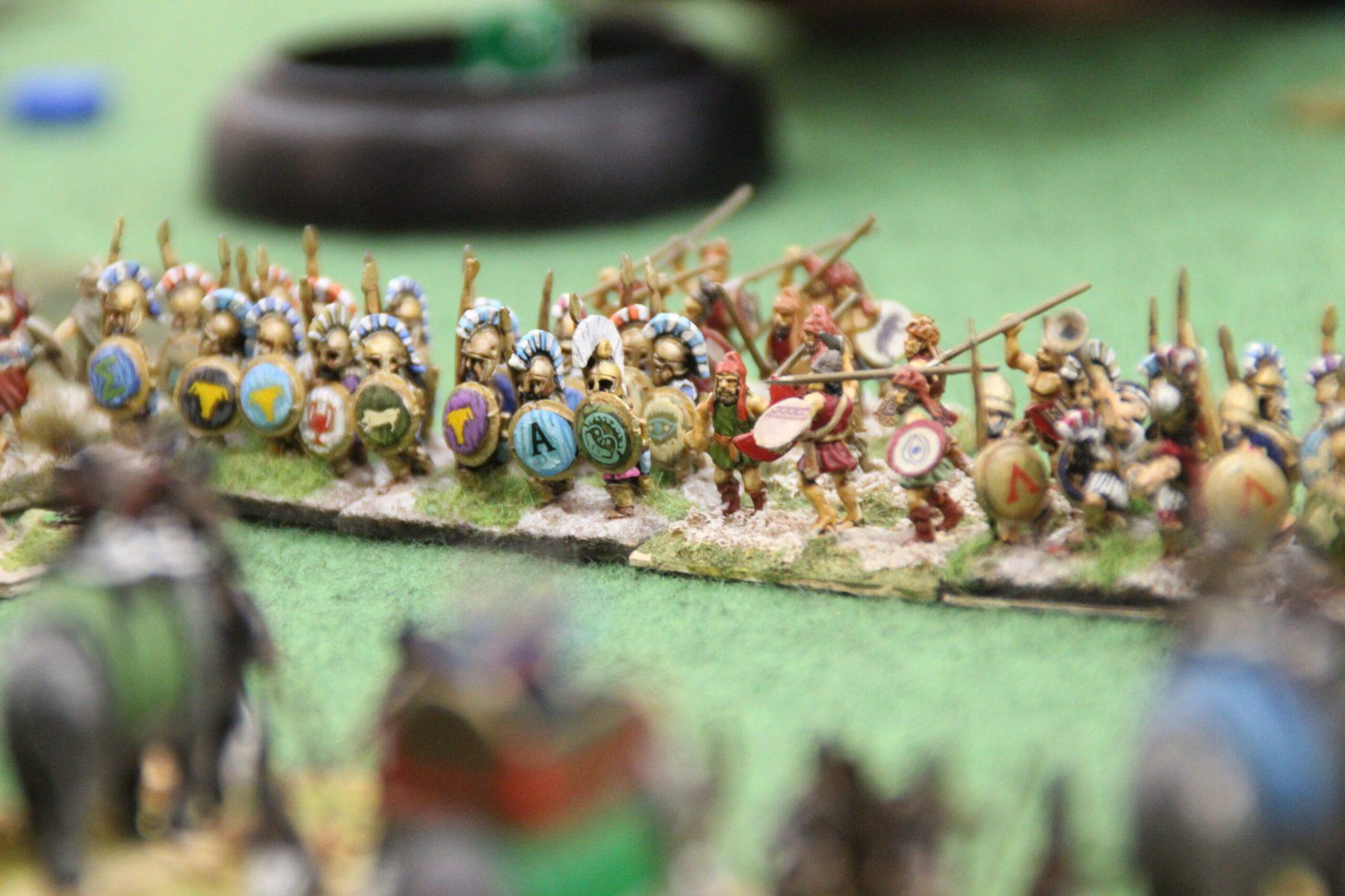 Le contact est imminent entre les éléphants Indiens et les troupes grecques !