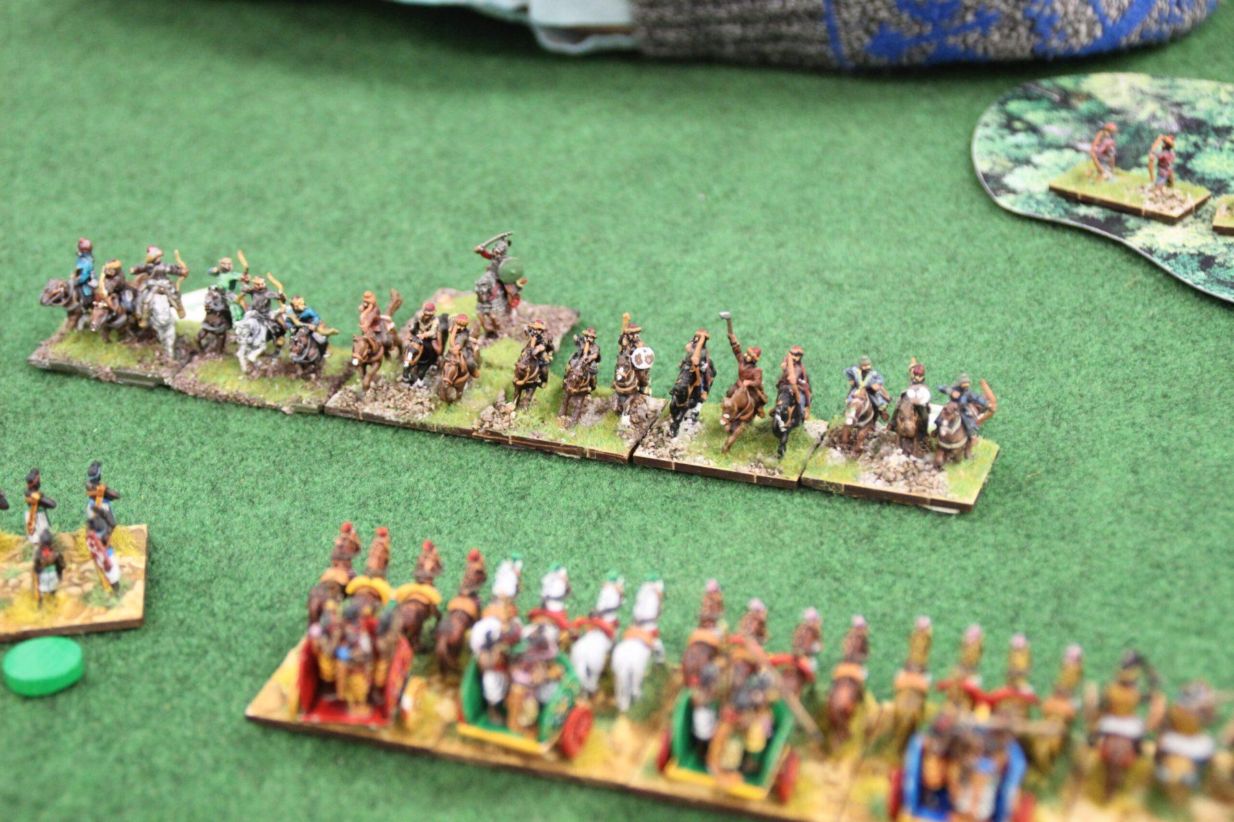 Les chars lourds impétueux élite des Indiens essaye de rattraper la cavalerie Huns.