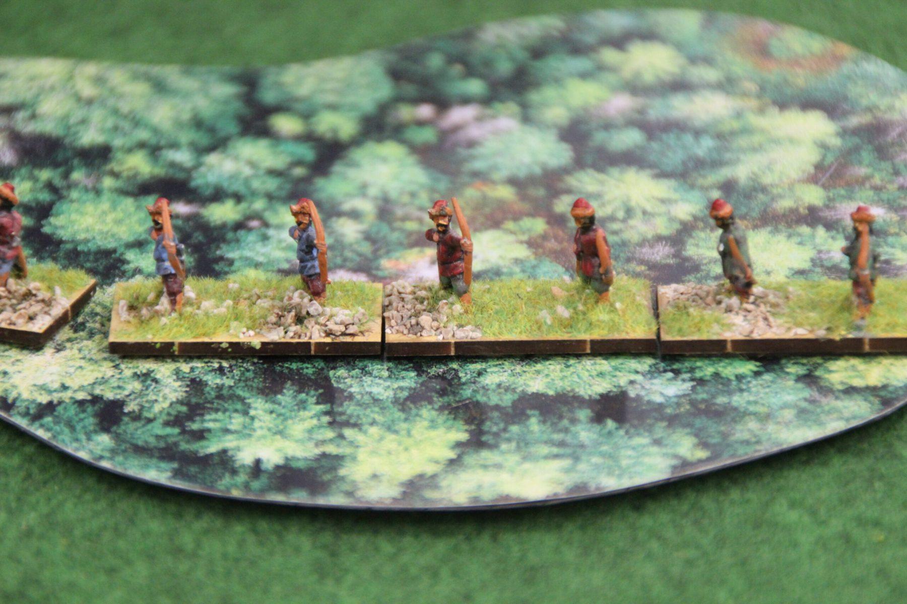 Psi-loi Huns embusqués dans une forêt.