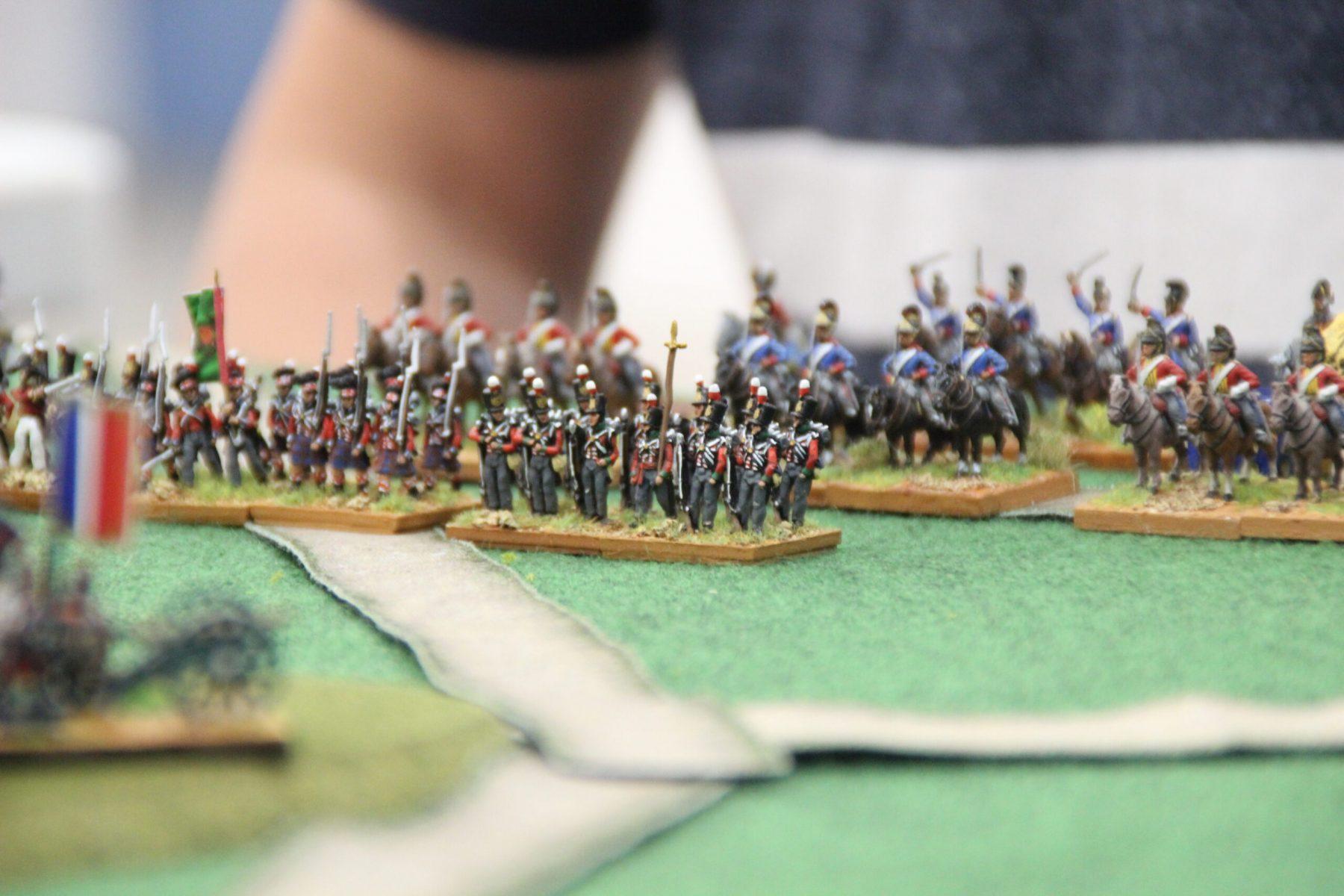 Les Anglo-Portugais  accompagnés de soldats écossais en kilt !