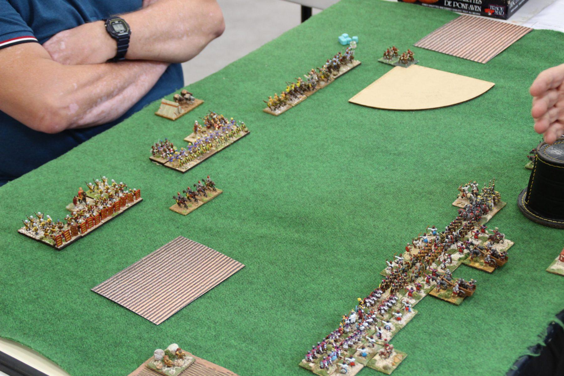 Les deux armées Romains et Perses se toisent...