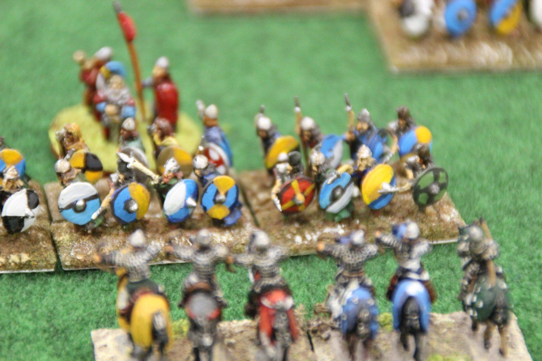 Des guerriers Vikings essuient les tirs des cavaliers lourds arc Arabes.