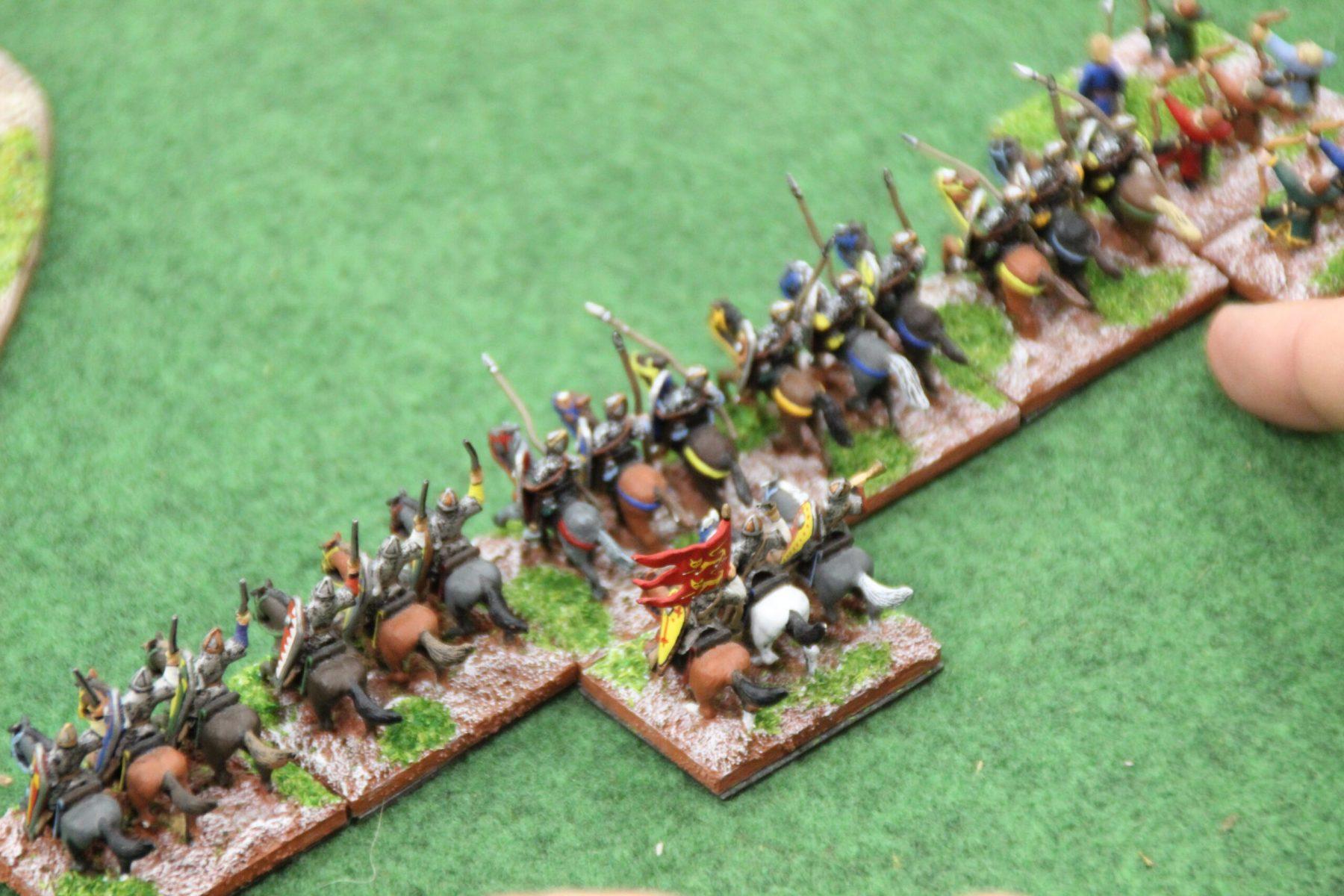 Une ligne de cavalerie lourde Carolingienne.