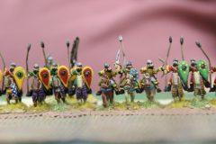 Les chevaliers Byzantins avancent en rangs compacts.