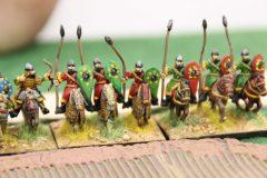Chevaliers Byzantins s'engageant dans une plantation.